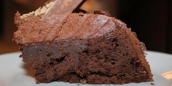Творожная запеканка с орехами и шоколадом